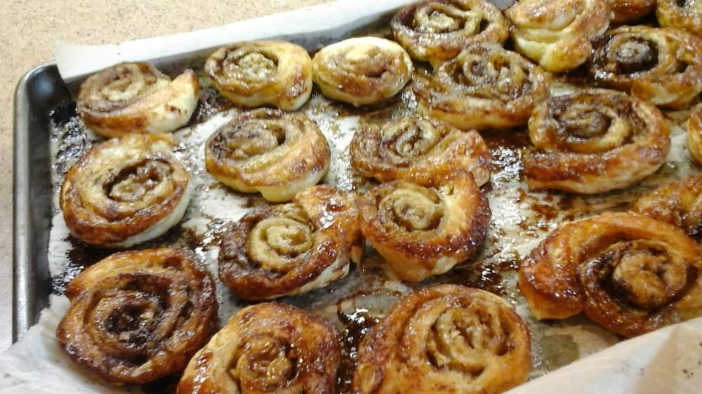 cinnamon rolls no icing